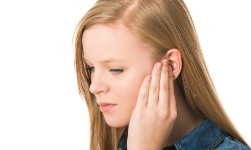 Шум в ушах (тиннитус): причины и лечение, как диагностировать