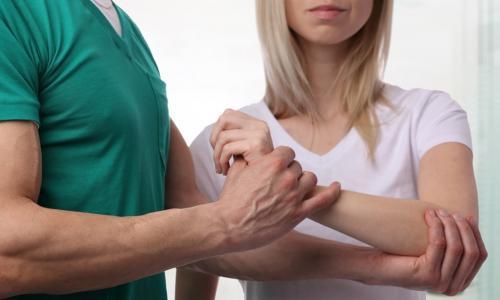 Плексит: причины, симптомы и лечение